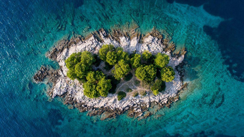 island-3647522_1920